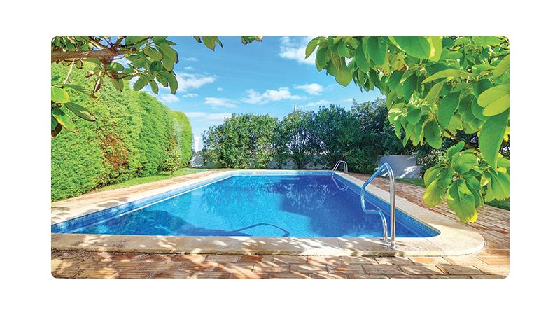 Laetitia piscine piscine - Renovation piscine coque polyester ...